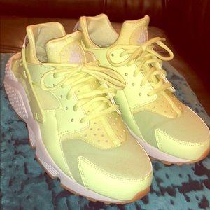 New Nike Air Huaraches In Bright Neon